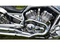 STUNNING 2005 HARLEY DAVIDSON V ROD STAGE 1 DRIPPING WITH GENUINE HARLEY EXTRAS