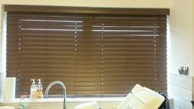 Faux wood brown venitian blinds