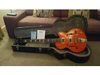 Gretsch Hollow Body Bass & Hard Case