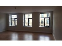 Brand new studio flat to rent only bond to pay of 350.00 as i pay first month rent.