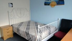 Nice double room, furnished, free internet (150MB) Rugby Centre