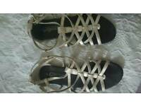 Ladies sandles size 5