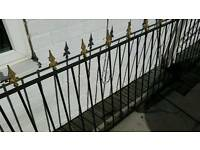 Metal arrow head railing