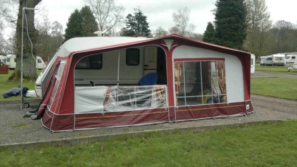 Dorema Montana Awning Size 13 950 To 975 With Annex And Isabella Breathable Flooring