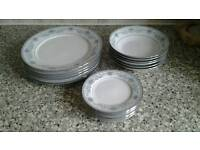 Set of 6 Dinner plates 6 Side plates and 6 Bowls