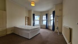 2 Double Bed Flat Willesden Green NW2 5AY
