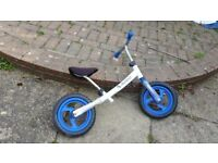 Avigo Kids (3+) Balance Bike with 10 inch wheels