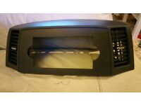 Jeep Grand Cherokee wk 05-10 stereo surround bezel in mint condition