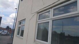 refurbished 1 bed flat to let in Cradley Heath
