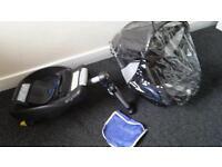 Maxi Cosi CabrioFix car seat with rain cover and Maxi cosi isofix base