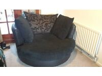 Round DFS sofa