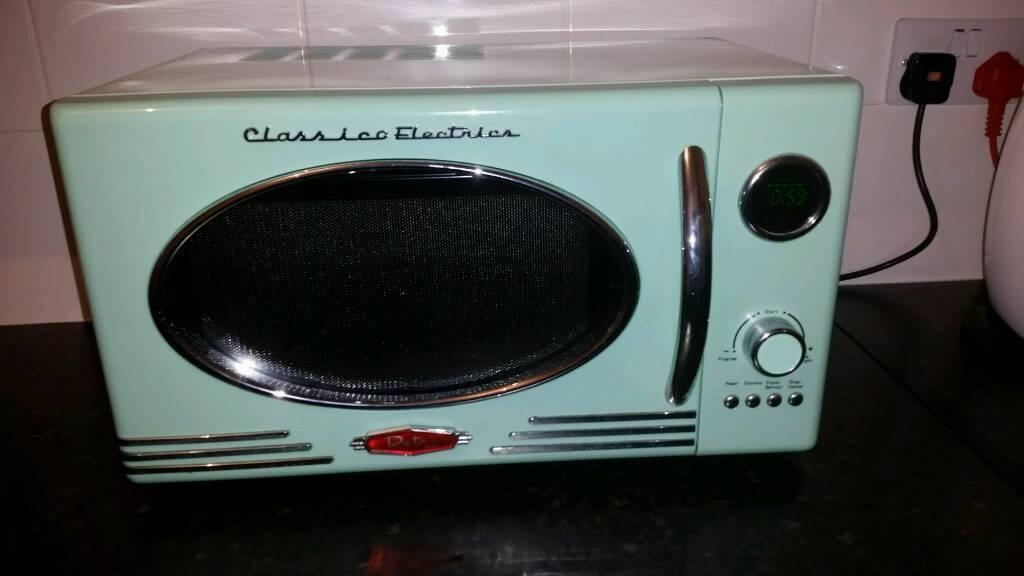 Microwave Retro Style