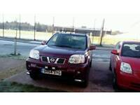 Nissan xtrail mot to September. Starts and drives good has big chunky snow tyres