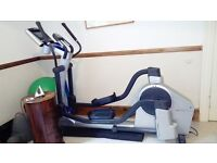 Life Fitness X7 Whisper e Slide Elliptial Cross Trainer Used for 69 hours