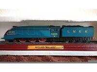 LNER 4498 A4 Mallard