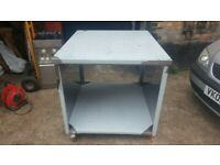 BRAND NEW DISPLAY TABLE ON WHEELS CHICKEN DISPLAY TABLE STAINLESS STEEL TABLE