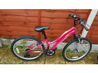 Fantastic 24inch reebok girls mountain bike in good condition all fully working