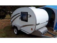 Teardrop mini caravan
