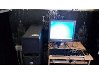 "Dell Desktop with Dell Flat 15"" Screen, Keyboard and Mouse"