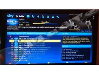 MEELO SE / VU SOLO2 -Twin Tuner Sky Box with 250Gb HDD, Sky Skin, KODI 16 & 12 Months Uk Gift Zgemma