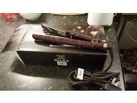 Babyliss 2198KU Pro 235 Elegance Ceramic Hair Straightener in Raspberry