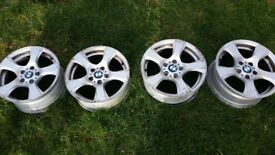 4x Genue BMW 325i Alloy wheels