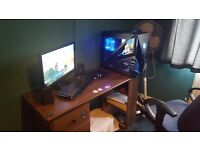Custom Built Gaming PC With 22'' Asus Moniter For Sale