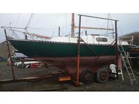 WING 25 LONG KEEL SAILING CRUISER ONLY £3450 NEEDS TIDYING
