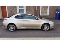 Excellent running and driving Low Milage Alfa GT Diesel. Very good condition.