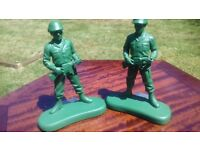 pair of army bookends