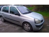 Renault clio for sale spares or repair. Just gone through mot test wont go into gear