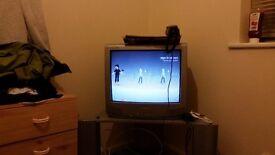 XBOX 360 S (Fifa 17, Fable 1-2-3, GTA V, Skyrim, Halo REACH) URGENT TO GO