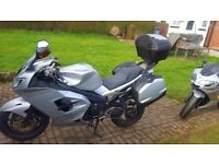 2005 Sliver Triumph Sprint ST 1050, With Full Triumph Luggage, plus added extras