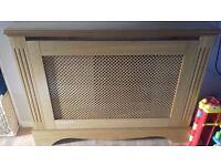 Oak vaneer radiator / fire cover