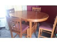 Sturdy dining table and 6 chairs in very good condition