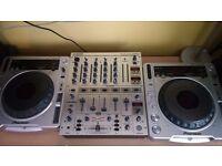 2 x CDJ 800 Mk 2 + Behringer DJX 700 Mixer
