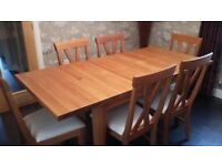 Oak Dining Room Table [extendable], 6 chairs and Sideboard