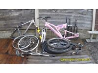 JOB LOT MOUNTAIN BIKE SPARES ,TREK FRAME,,MINT DUNLOP FRAME,,,WHEELS ,TYRES ,FORKS,SHIFTERS ETC