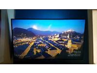 "40"" 4K Panasonic 3D Smart Tv Bunlde - RRP: £700"