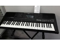 Yamaha PSR-E453 Electronic Keyboard with Stand