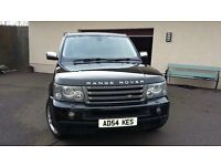 Black Range Rover Sport HSE in excellent condition
