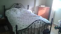 Base de lit en fer