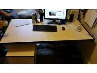 Desk and free standing paddlestool draw unit