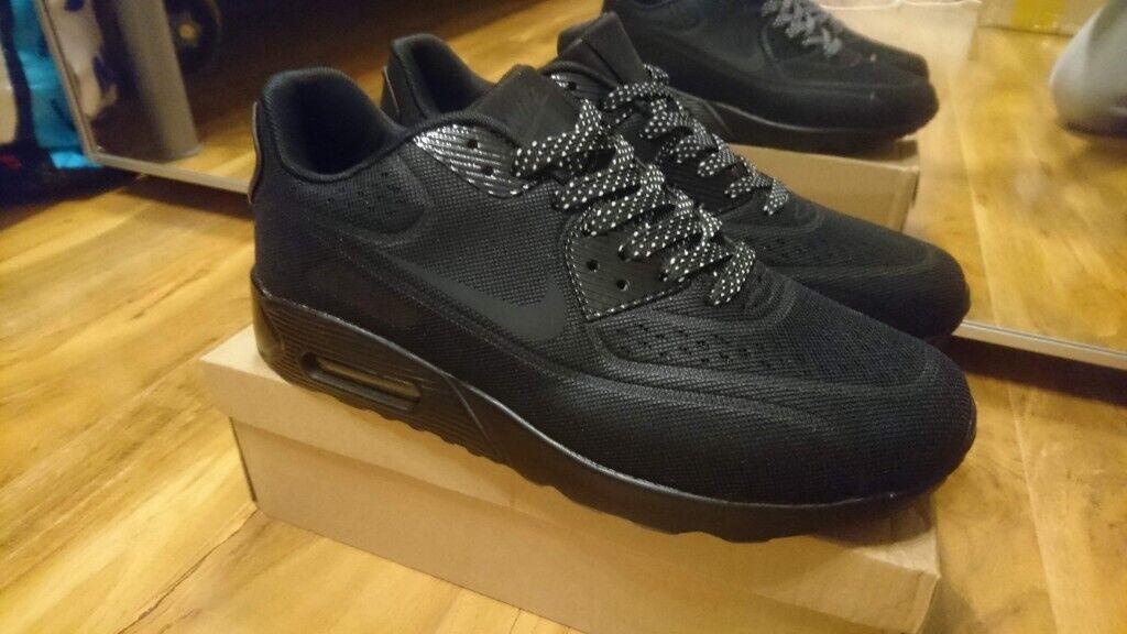 pretty nice 4c4eb 49169 Nike Air max 90 Triple Black Air force 1 95 Size 6, 7.5, 8.5, 9 Adidas  ralph lauren air jordan yeezy