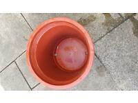 Large heavy duty plastic plant pots