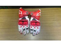 Alpine Stars GP Pro Gloves Medium Leather White/Red Gauntlet Motorbike Motorcycle Glove Alpinestars