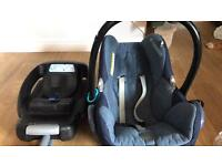 Maxicosi car seat with easy base