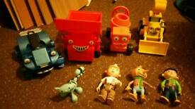 Bob the Builder vehicles with Bob Wendy Spud and Pilchard cat