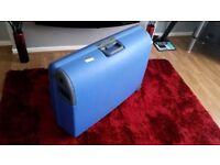 Carlton Airtec Hard PP Suitcases on wheels 78 cm in Blue