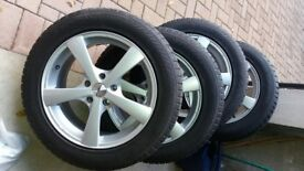 NEW PRICE!!!! Set of 4 Winter Yokohama Winter Tyres on 17 inch Calibre Talig 5 Silver Alloy Wheels